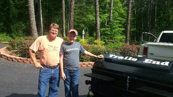 Garreth, from Taylorsville, Kentucky, new owner of a Carolina Pig Cookers grill.