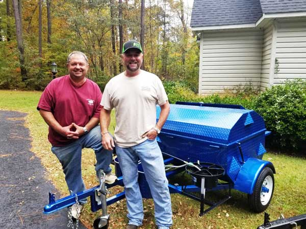 New Carolina Pig Cookers grill owners.